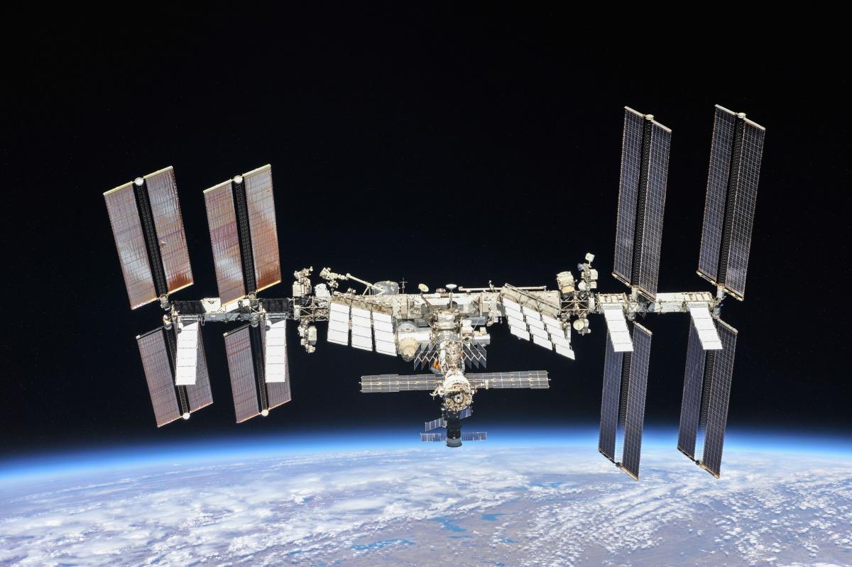 Vrøvl med strømmen på rumstationen forsinker friskeforsyninger